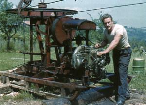 À l'extrémité aval de la boucle : le moteur d'un câble lasso. (Photo A. Valéry). http://revue-pyrenees.com/spip.php?article338