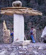 Installation de l'oeuvre à proximité du pont de Sebers en Vallée d'Aspe, 1999