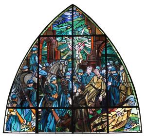 Dans la chapelle commémorative du village détruit de Bezonvaux, un vitrail rappelle la bataille du 15 et 16 décembre 1916 à laquelle ont participé aussi les soldats du 3e Zouaves